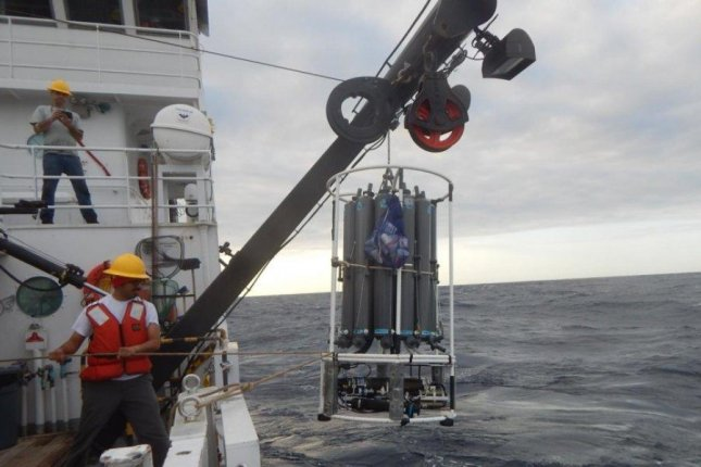 Scientists were able to plot the ancient variability of the Atlantic Ocean surface circulation using sediment cores collected from the Gulf of Mexico. Photo by Caitlin Reynolds/USGS