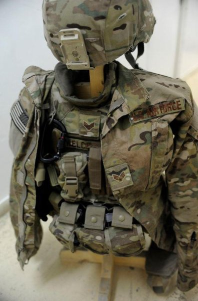U.S. Air Force rolls out new uniforms