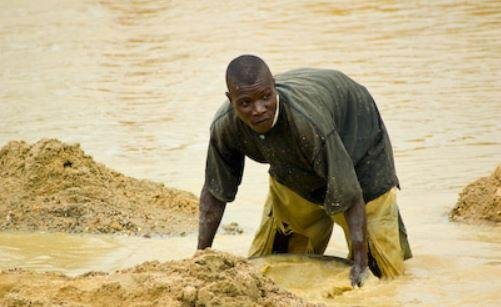Sierra Leone pastor finds 709-carat diamond