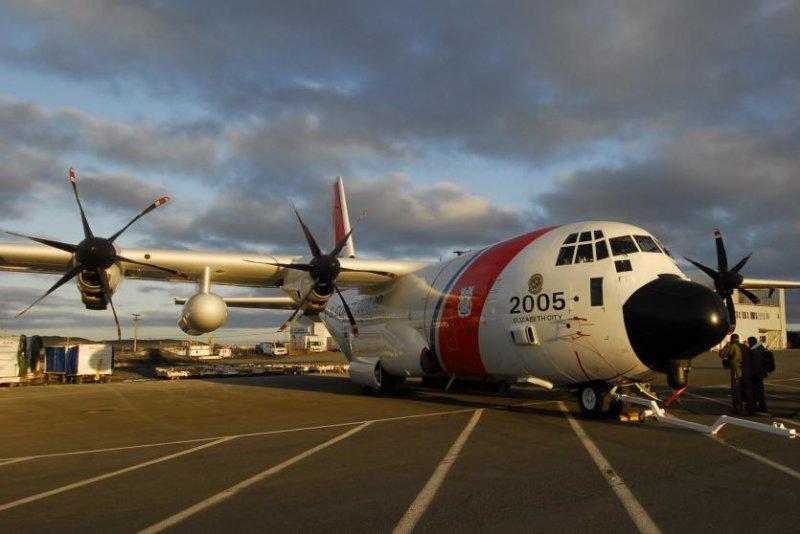 A U.S. Coast Guard C-130 aircraft. Coast Guard photo by Chief Petty Officer Bob Laura.