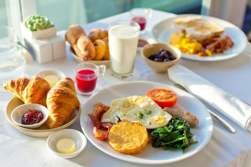 Өглөөг гайхалтай өглөөний цайгаар эхлүүл