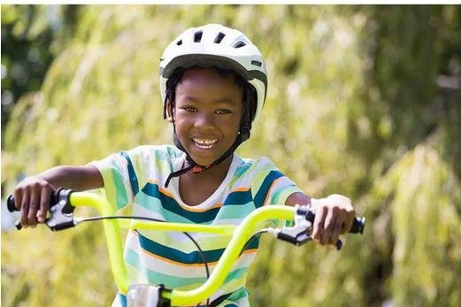 Reductions in kids' bike-linked head injuries over the past decade are nine times better than those seen among adult bicyclists. Photo courtesy of HealthDay
