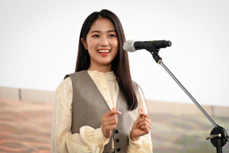 Rising star Kim Hye-yoon is fierce 'Girl on a Bulldozer'