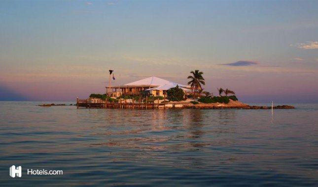 Hotels.com announced customers can rent a weeklong stay on Friendsgiving Island, a private island off the Florida coast, during the week of Thanksgiving. Photo courtesy of Hotels.com