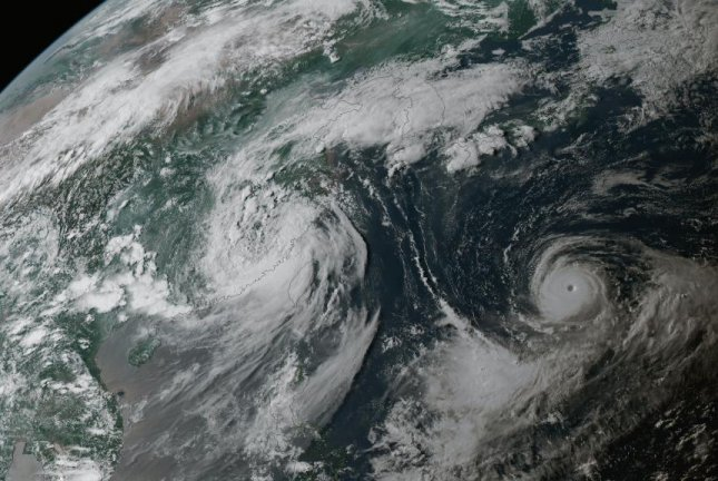 Typhoon Noru approaches southwestern Japan