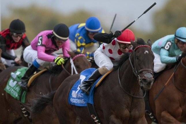 Let It Ride Mom wins Saturday's Glorious Song Stakes for 2-year-old fillies at Woodbine. (Woodbine photo)