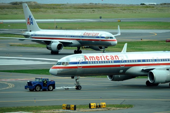 More flights could be cancelled or delayed as planes struggle to takeoff during heat waves fueled by global warming. In June, American Airlines had to cancel 40 flights when daytime highs approaching 120 degrees Fahrenheit prevented the takeoff of smaller regional jets. Photo by CJ Gunther/European Pressphoto Agency