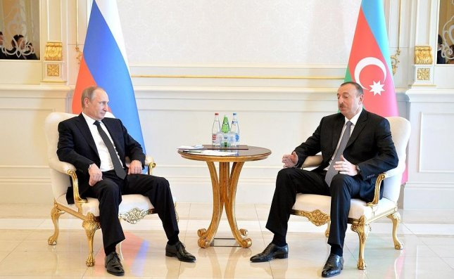 Russian President Putin meets Azeri counterpart to discuss economic ties in the Caspian region. Azerbaijan's natural gas reserves at center of tug-of-war between Kremlin and Brussels. Photo courtesy of the Kremlin.