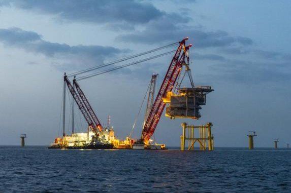German energy company E.ON finishes laying foundations for its wind farm in the English Channel. Photo courtesy of E.ON