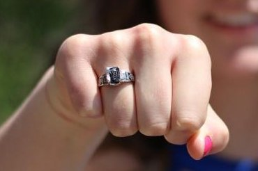 A class ring dropped down a shower drain at Louisiana's Southern University was found in the sewer under the school nearly 30 years later. Photo by lisabussell/Pixabay.com