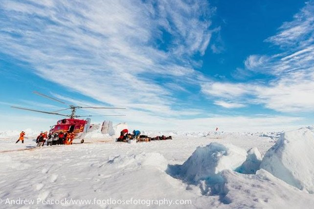 The Chinese helicopter airlifted the 52 passengers and researchers and transported them to the Australian ship, Aurora Australis. (Credit: Andrew Peacock/footloosefotography/The Australasian Antarctic Expedition)