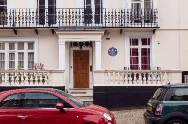 Jim Henson's London home gets historical blue plaque on 85th birthday