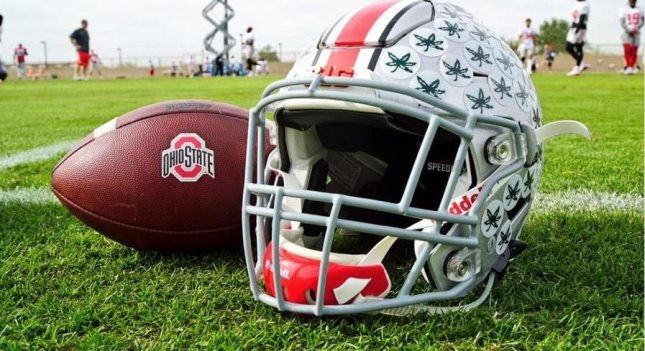 Ohio State WRs coach Smith facing trespassing charge