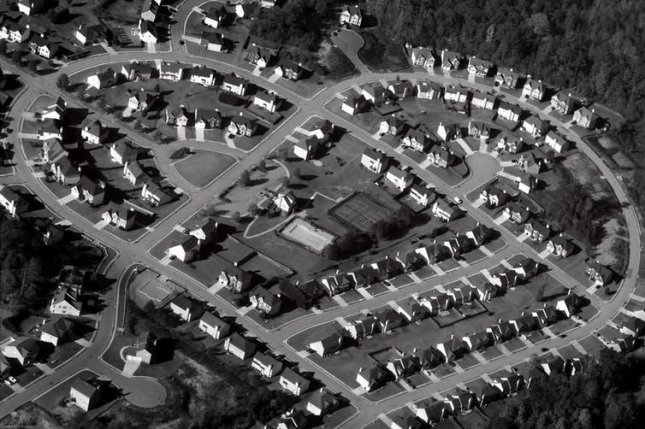 An American suburb. Photo by jansgate/flickr