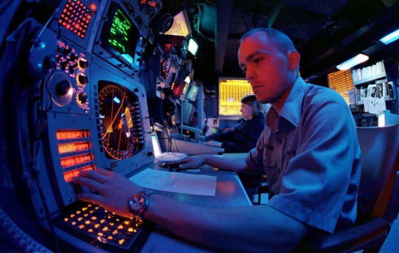 An electronic warfare module aboard a U.S. Navy carrier. Photo by Petty Officer 3rd Class Chris D. Howell/U.S. Navy