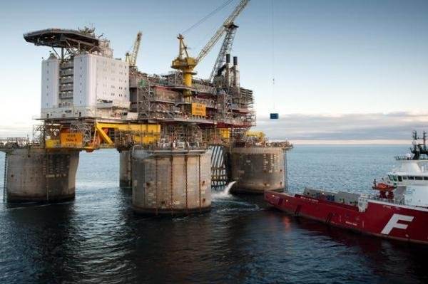 Norwegian energy company Statoil starts work to keep gas supplies robust in area above the Arctic Circle. Photo courtesy of the Petroleum Safety Authority Norway