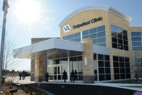 A total of 240 patients from 62 Veterans Affairs clinics in Minneapolis, Minn., with moderate to severe chronic back pain or hip or knee osteoarthritis pain were examined from 2013 to 2015 and follow-up ended in 2016. Photo courtesy of Minneapolis VA Health Care System