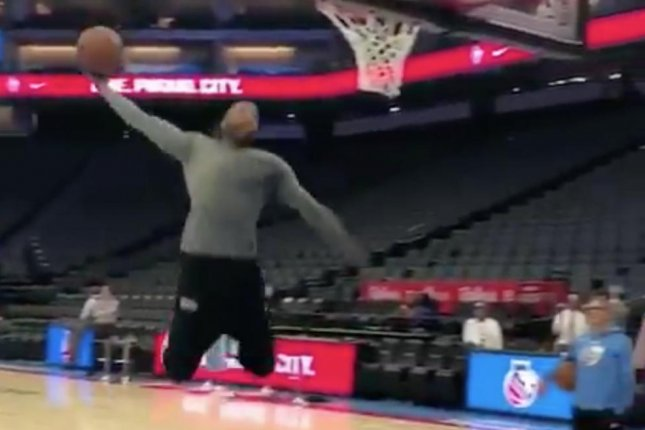 Sacramento Kings veteran Vince Carter throws down a right-handed dunk before the Kings beat the Chicago Bulls Monday at the Golden 1 Center in Sacramento, Calif. Photo courtesy of NBC Sports/Instagram.