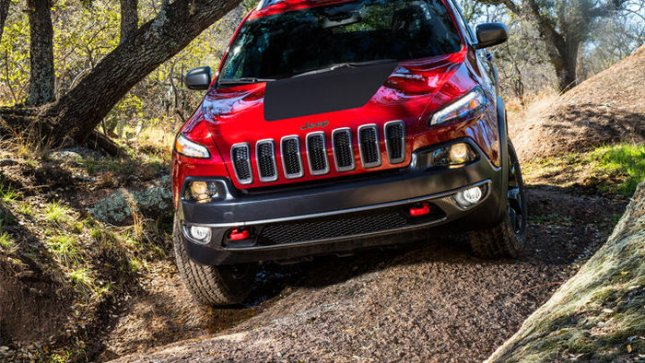 2014 Jeep® Cherokee Trailhawk (Photo Courtesy of Chrysler Group LLC)