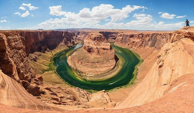 California girl dies in 700 foot fall from Horseshoe Bend Overlook