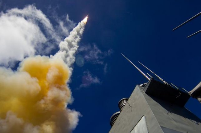 An SM-6 surface-to-air missile is launched from a U.S. warship. Photo: U.S. Missile Defense Agency