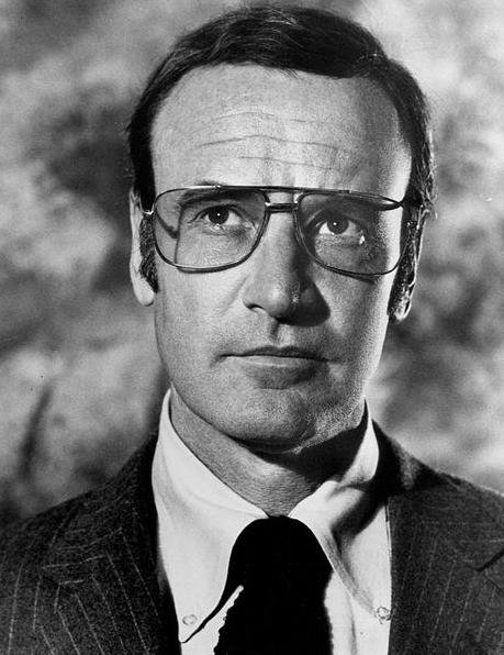 Richard Anderson as Oscar Goldman on The Six Million Dollar Man. Anderson died Thursday at the age of 91. Photo courtesy of ABCTelevision/Wikipedia