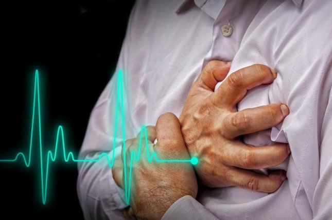 Rather than require patients to carry heavy devices attached to electrodes on their bodies, researchers have designed a smartphone app that allows doctors to monitor heart palpitations while making it easier for patients to comply. Photo by Hriana/Shutterstock