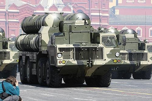 The S-300 surface-to-air missile systems were first developed by the Soviet Union to defend against enemy aircraft and incoming threats. Photo by Kremlin.ru