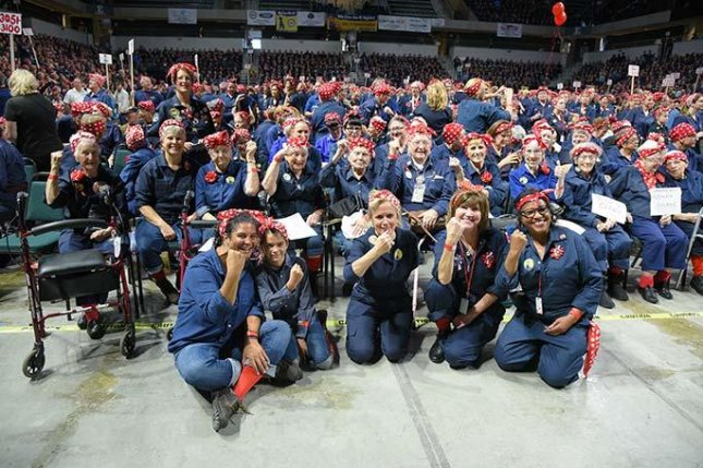 Rosie the Riveter gathering in Michigan sets Guinness record