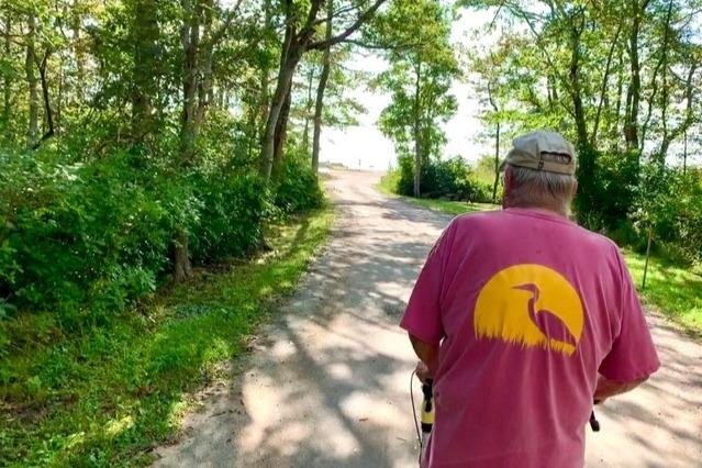 Brad Hathaway, 88, plans to finish the final mile of 24,901 miles, amounting to Earth's circumference, Oct. 3 to raise money for the Mattapoisett Land Trust. Photo courtesy of GoFundMe/Twitter