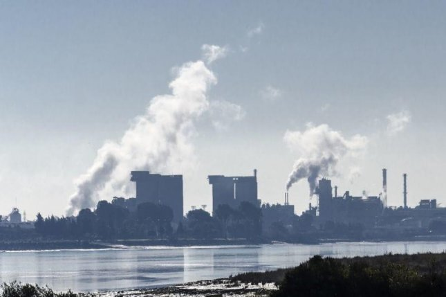 When fine pollution particles are inhaled, they lodge in the small blood vessels in the lungs, and can cause lung disease.Photo courtesy of HealthDay News