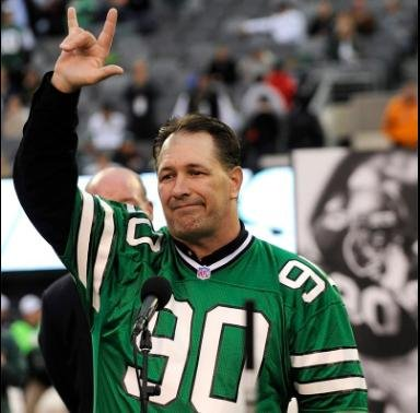 Dennis Byrd, a former New York Jets lineman who was paralyzed during a game in 1992, was killed in a head-on collision outside Tulsa, Oklahoma on Saturday. Photo fro the New York Jets/Twitter