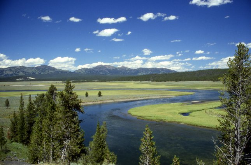 Yellowstone supervolcano more active, less 'super'
