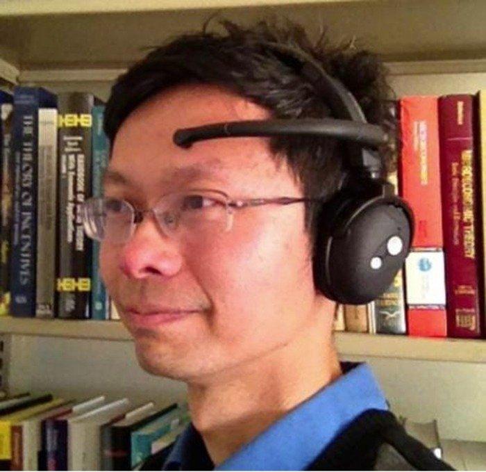 Brain wave sensor headset. Credit: UC Berkeley