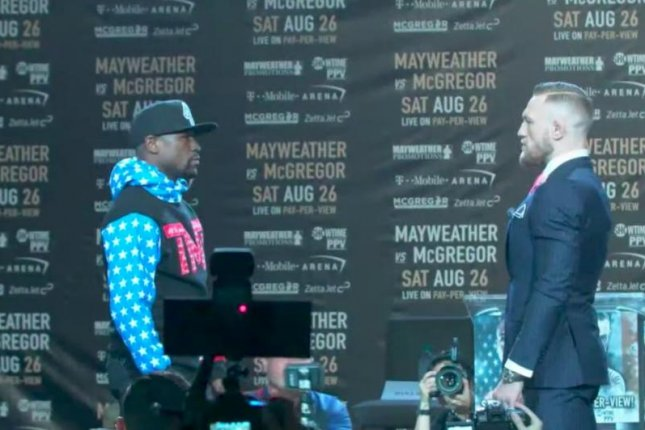 Conor McGregor Clowns Mayweather,