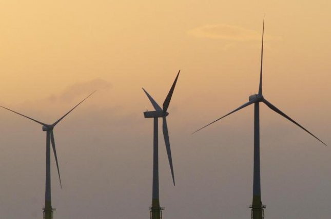 Germany gets economic lift with wind energy thumbnail