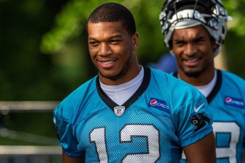 online retailer af7b0 7b109 Carolina Panthers complete class, sign first-round pick D.J. ...