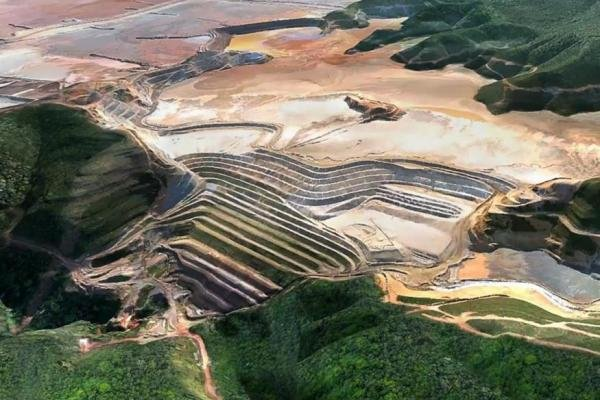 Brazilian prosecutors on Thursday announced charges of homicide against 21 mining officials at Vale and BHP stemming from the November 2015 collapse of a dam near an iron ore mine that killed 19 people. The companies of the defendants said they reject the charges. Photo courtesy Fundão Tailings Dam Investigation