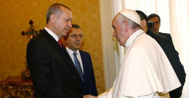 Turkey's Erdogan arrives in Vatican