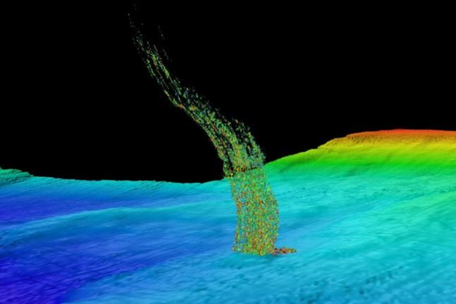 A sonar image shows a bubble plume rising from the seafloor off the coast of Washington state. Photo by Brendan Philip/University of Washington