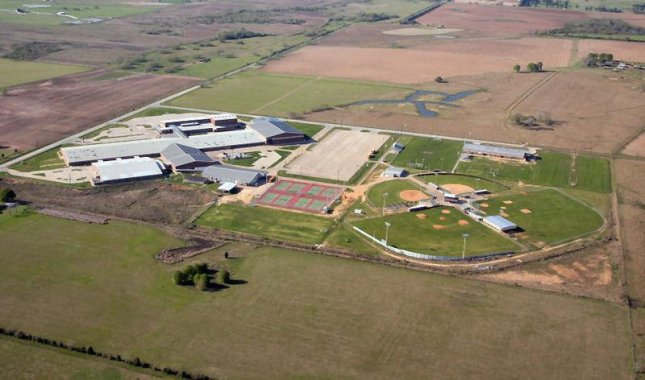 Aerial view of Waller High School in Waller County, Texas. (CC/Robert Laird)