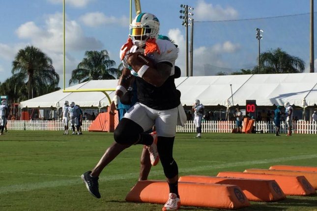 huge selection of 91215 af76a Miami Dolphins' Arian Foster: