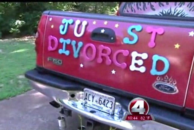Leona Metcalf of Lawrenceville, Ga., said she sees her divorce as a celebration. WFTX-TV screenshot