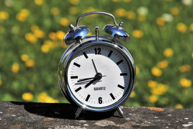 Norwegian Minister of Trade and Industry Iselin Nybo, who is in charge of implementing Daylight Saving Time in the country, apologized for the traditional time change adding an extra hour to the very demanding year 2020. Photo bypasja1000/Pixabay.com