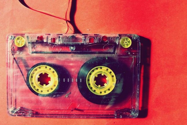 A Swedish woman who lost a cassette mixtape during a vacation in Spain spotted the item in a traveling art exhibition more than 20 years later. Photo by Pexels/Pixabay.com