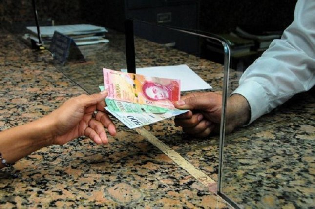 The Central Bank of Venezuela this week began distributing new banknotes and coins, which will aid consumers amid record-high inflation. Venezuela is facing an economic crisis in which basic goods such as food, medicine and toiletries are in short supply or unavailable. Goods are also unaffordable due to the inflation. Photo courtesy of Central Bank of Venezuela