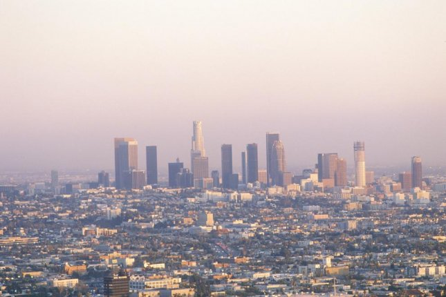 Air pollution, especially in big cities such as Los Angeles, above, increases the risk of death. That risk was shown to increase even with the slightest change in particulate matter in the air. Photo by Joseph Sohm/Shutterstock