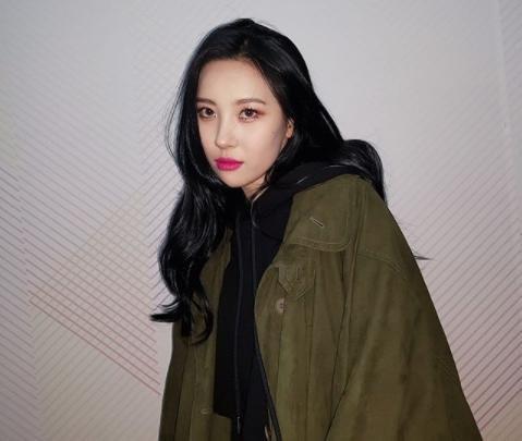 Sunmi to release new single 'Heroine' on Jan  18 - UPI com