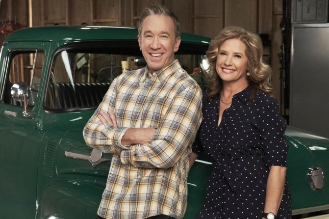 Tim Allen (L) and Nancy Travis in Last Man Standing. Photo courtesy of ABC