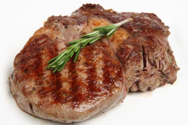 Researchers found that women who switched from red meat to poultry lowered their risk of developing breast cancer.Photo courtesy of HealthDay News